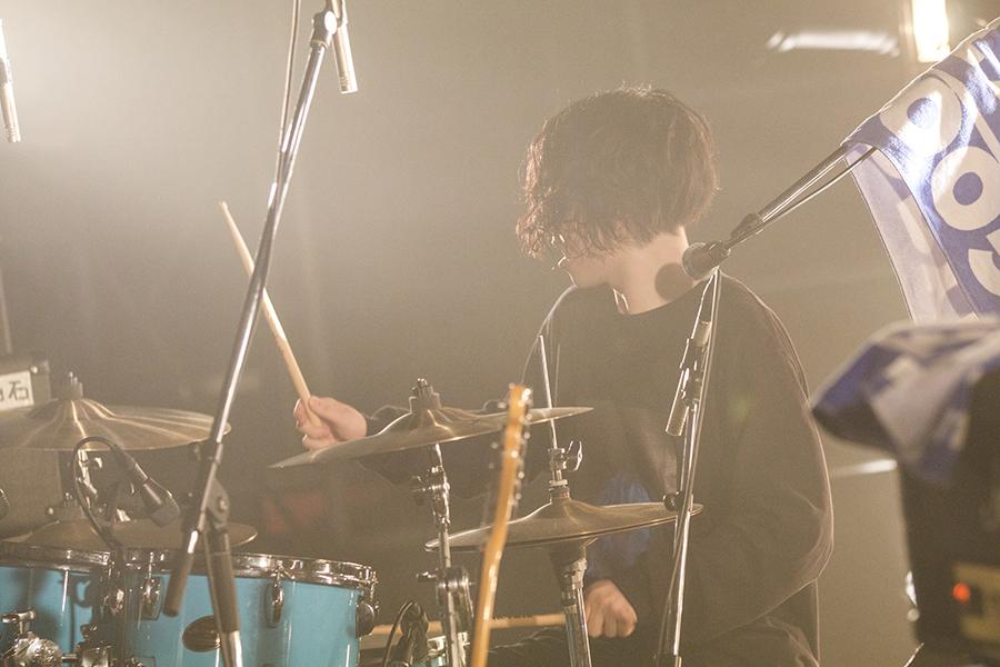 Shout_live8