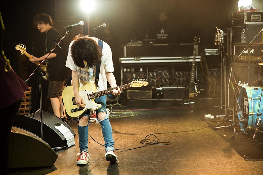 Shout_live10