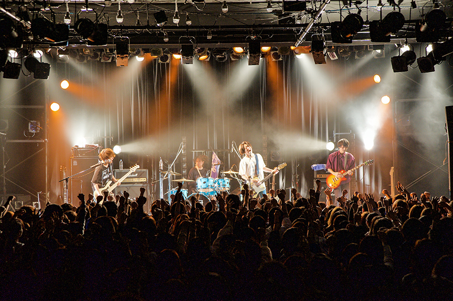 Shout_live11