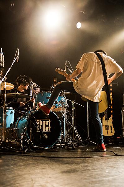 Shout_live12