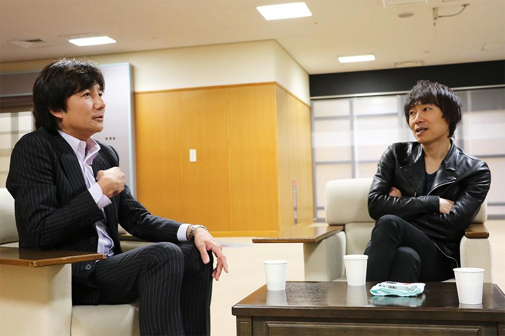 左:渡邊邦夫[DISK GARAGE] 右:宮田和弥[JUN SKY WALKER(S)]