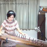 韓国の伝統的な楽器で名曲を弾く