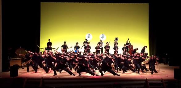 日本の高校生ブラスバンドによるBABYMETALカバー